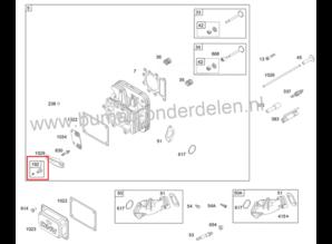 Regelmoer - Regelschroef met Inbus  voor het afstellen van de speling van de klepstoter bij Briggs and Statton IC - Intek, Powerbuild Motoren  op Zitmaaier - Frontmaaier