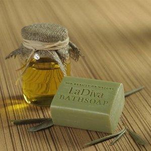 LaDiva Olijf badzeep 155gr. luxe verpakking
