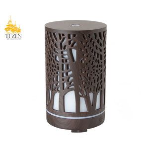 """Ti-Zen Aroma Diffuser 2021 """"Lovely Forest"""" LED diffuser en sfeerverlichting met adapter."""