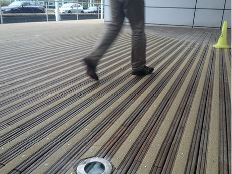 Rust-Oleum Antislip strip voor houten Vlonders