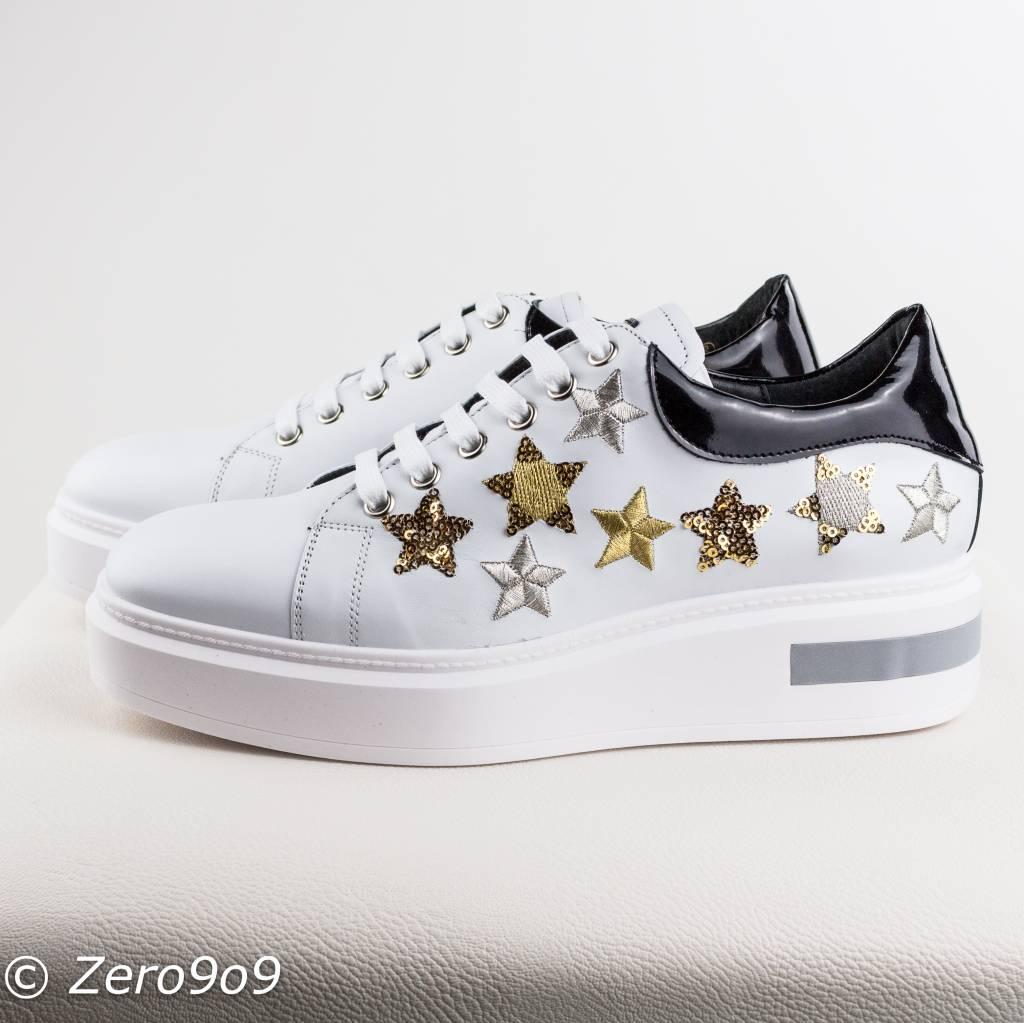 Shiny star sneakers - ZERO9O9