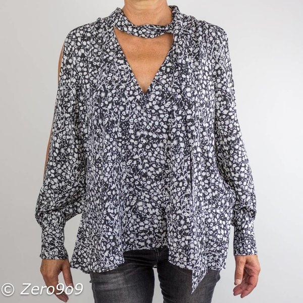 French Connection Open sleeves blouse