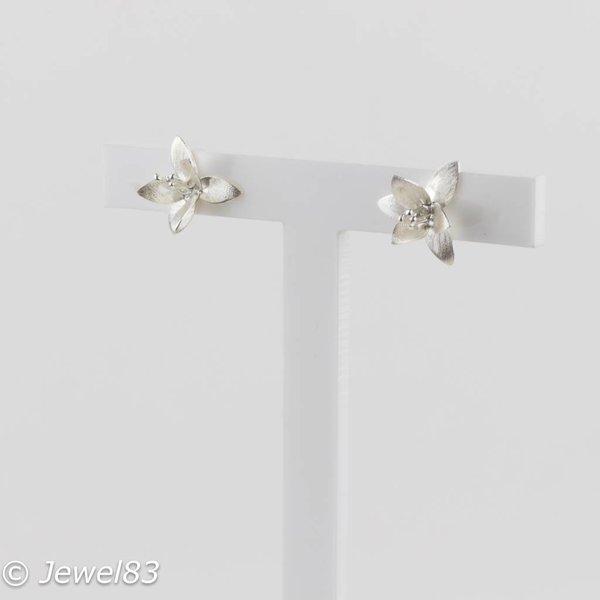925e Matt flower earrings