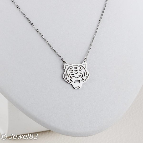 DODI Silver tiger necklace