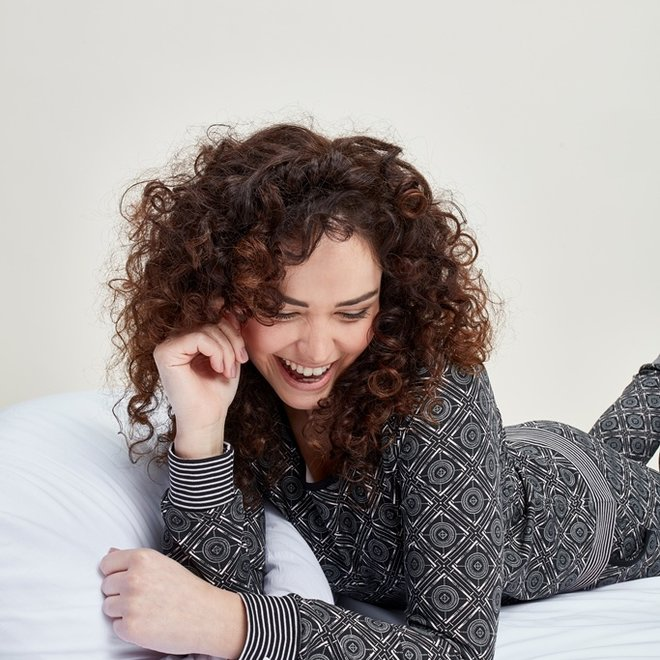 Charlie Choe Damen Pyjama Shirt Pullover Schwarz Rosa