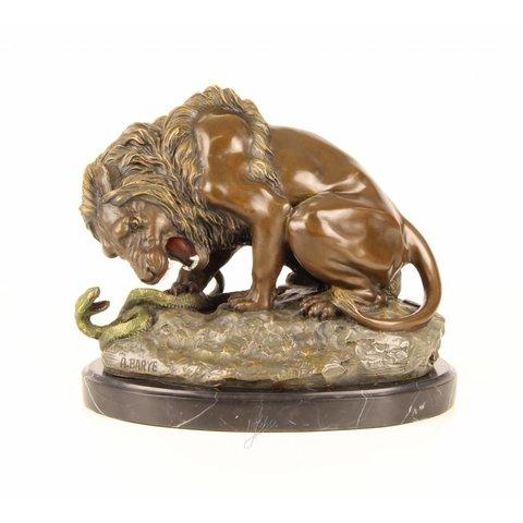 Lion fighting serpent