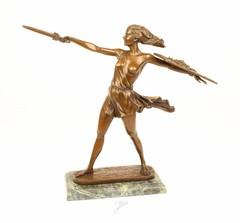 Producten getagd met bronze amazon sculpture