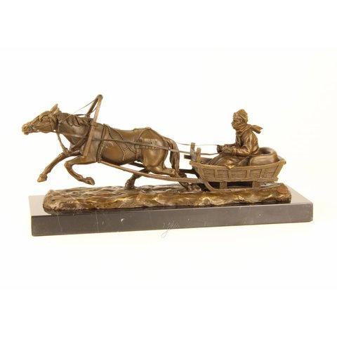 Slee getrokken door paard