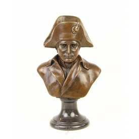 A bust of Napoleon
