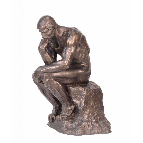Een bronzen beeld van 'de denker'