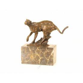 Bronzen beeld van cougar