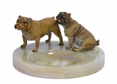 Producten getagd met ashtray with bulldogs