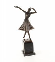 Producten getagd met art deco bronze casting