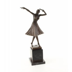 Art Deco danseres