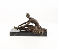 Producten getagd met art deco bronze dancer