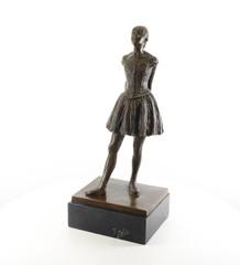 Producten getagd met ballet sculpture
