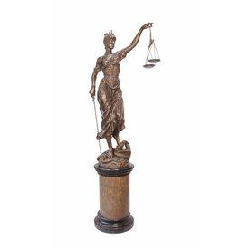 Vrouwe Justitia (zeer groot)