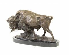 Producten getagd met bison sculpture