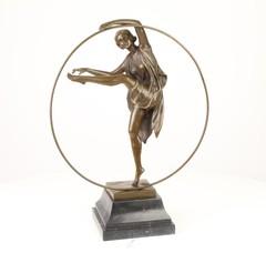Producten getagd met art deco hoop dancer