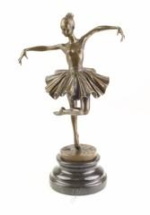 Producten getagd met ballet dancer statuette