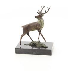 Producten getagd met bronze deer figurine