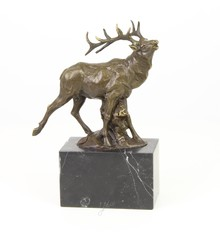 Producten getagd met bronze deer sculpture