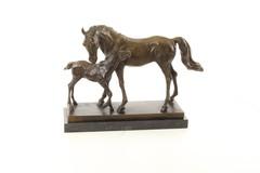 Producten getagd met bronze equine sculpture