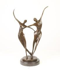 Producten getagd met abstract bronze dans sculpturen