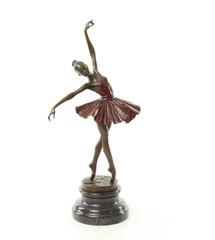 Bronzen beelden van dansers
