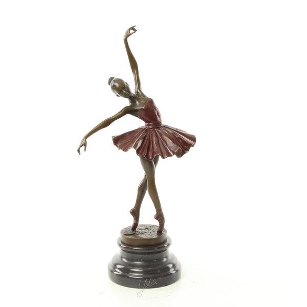 Bronzen sculptuur van een dansend ballerina