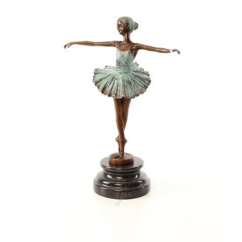 Koud beschilderd Ballerina