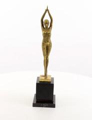 Producten getagd met art deco style bronze sculptures