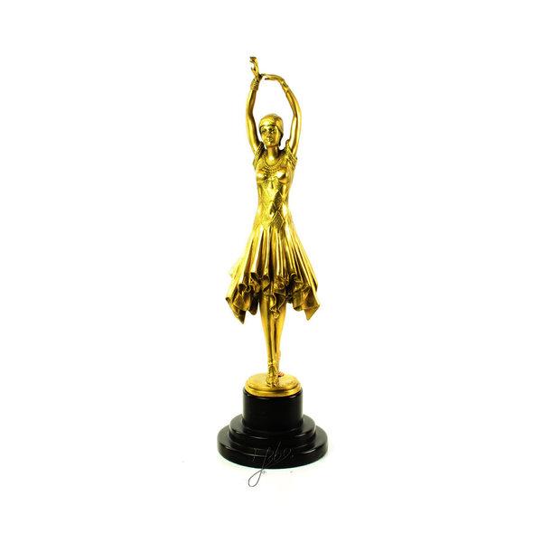 Bronze sculpture of a dancer called Miss Kita