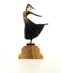 Producten getagd met art deco dancing lady figurine