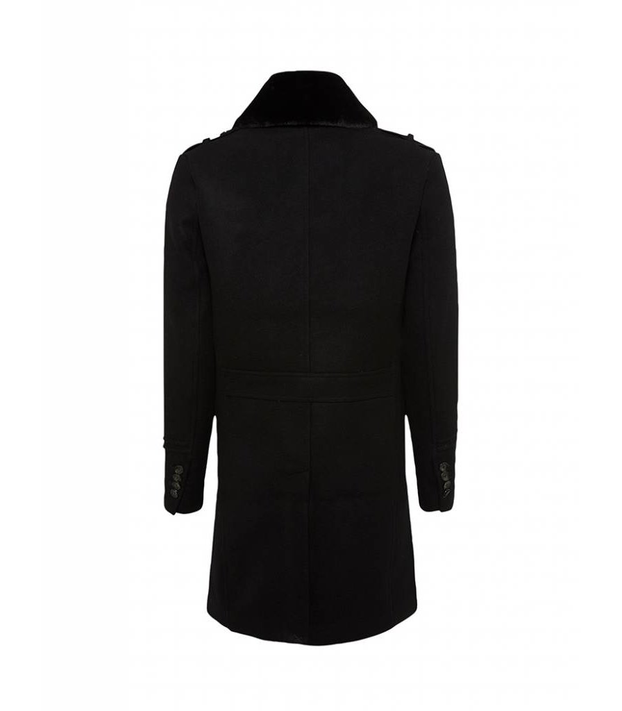 PUREWHITE OVER COAT BLACK