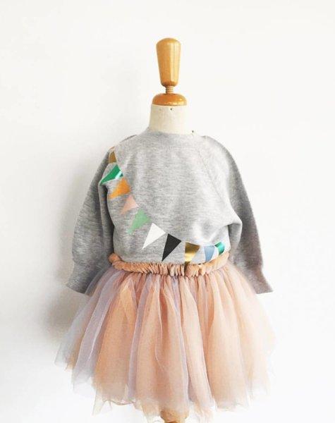 sweater kids lichtgrijs vlag/triangle