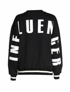 Sweater noir INFLUENCER  imprimé sur le dos