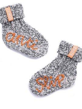 Soxs Chaussette en laine bébés antislip gris clair hauteur du genou label orange