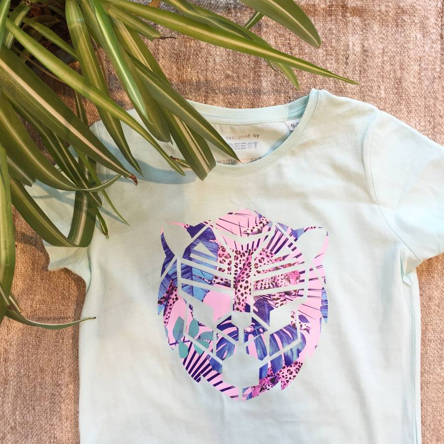 T-shirt pastelgroen simba in rose jungle print