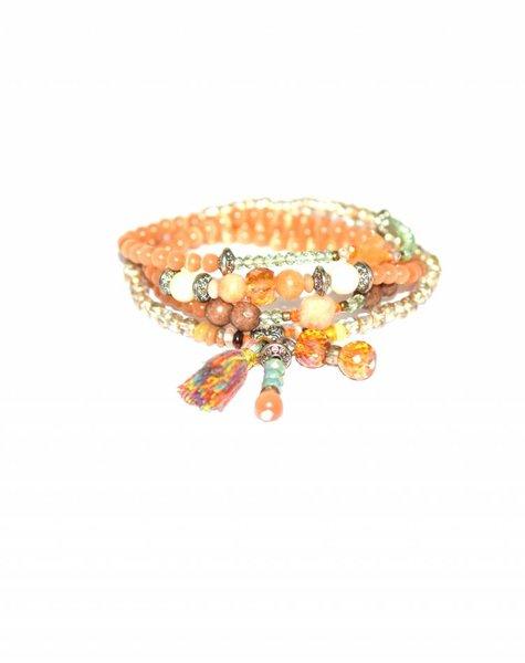 The elastic 4 layer bracelet orange