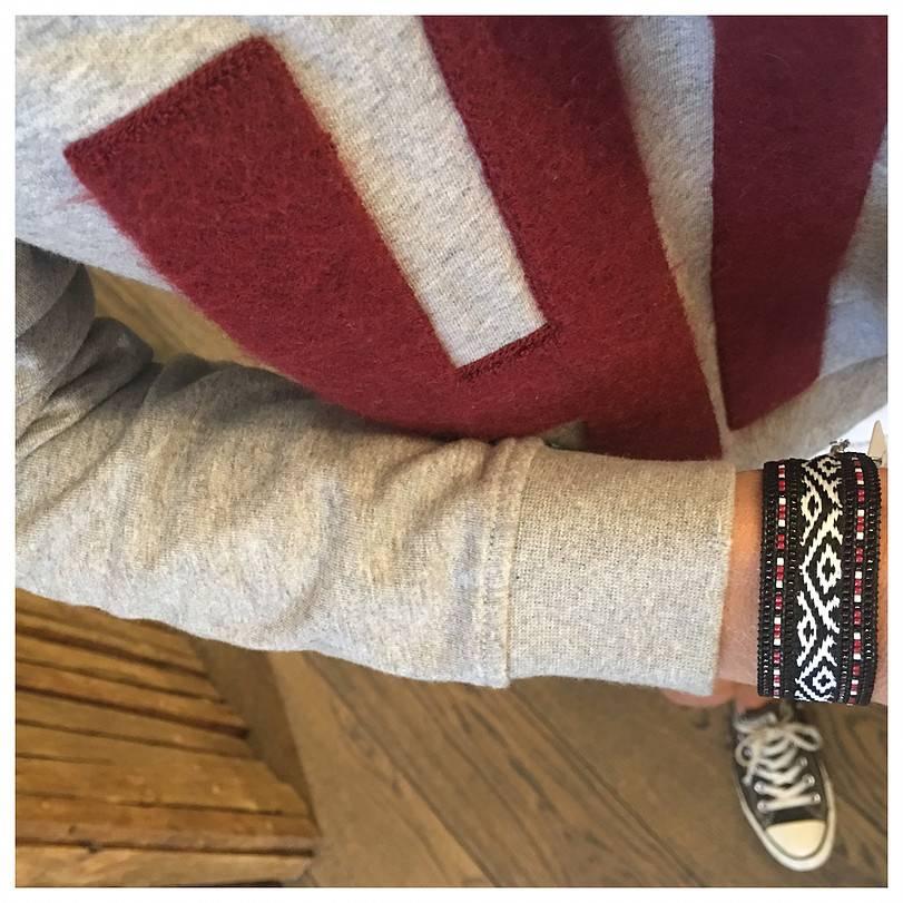 Nilu bracelet black and red