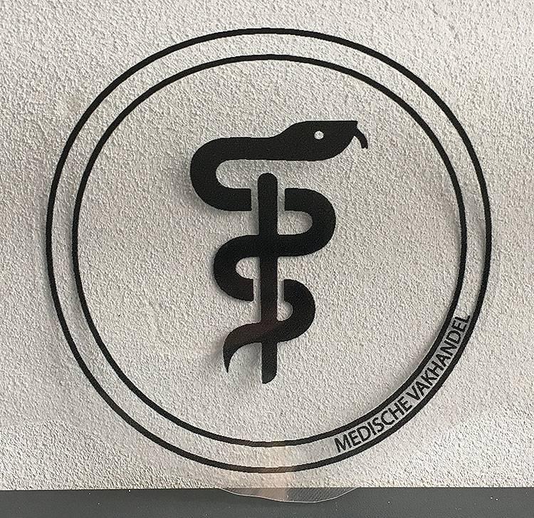 Aesculaap sticker voor tandarts