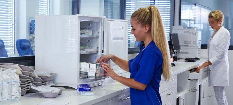 DOMETIC MINICOOL HC 302 - DIN 58345-Norm - Medikamentenkühlschrank Tischmodel