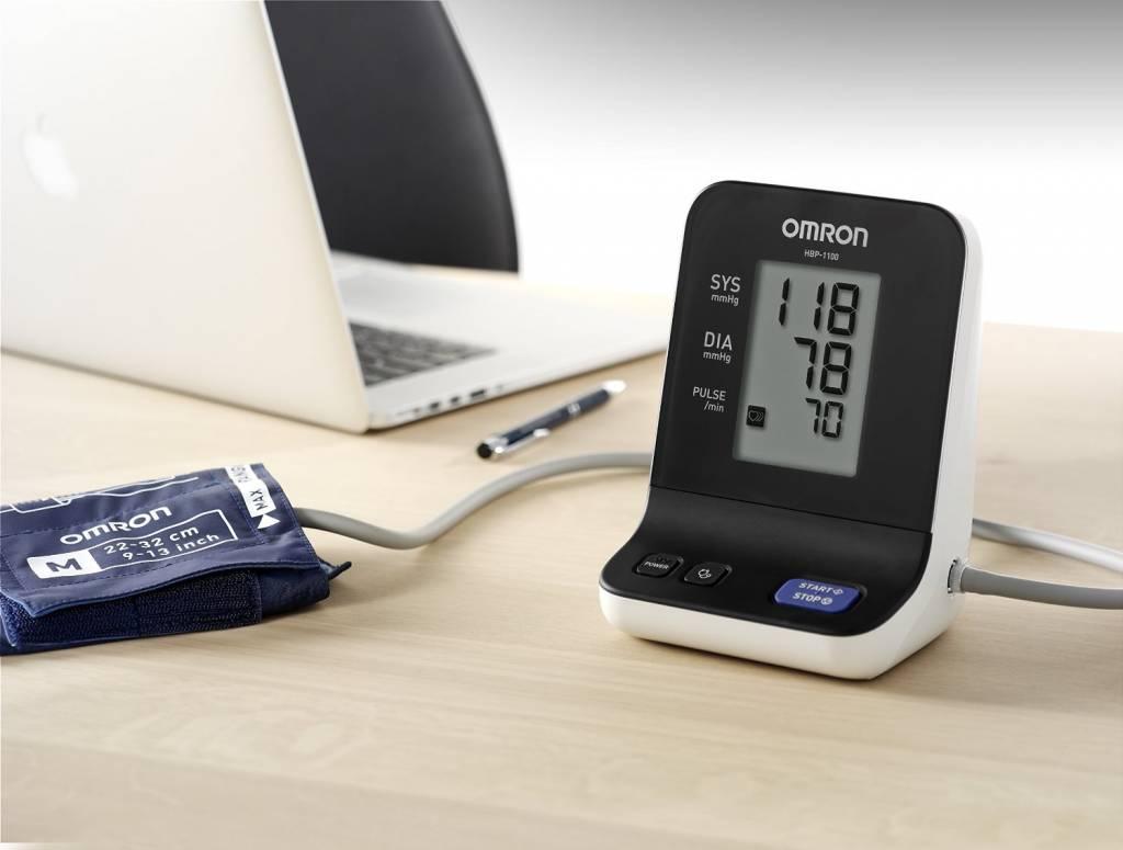 Omron HBP-1120-E bloeddrukmeter