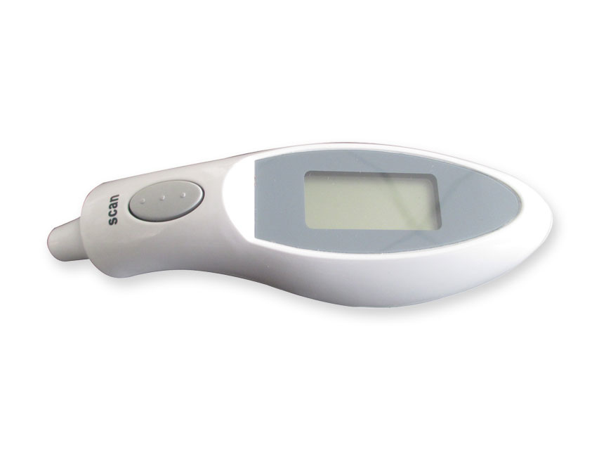 Infrared ear thermometer use without lens caps