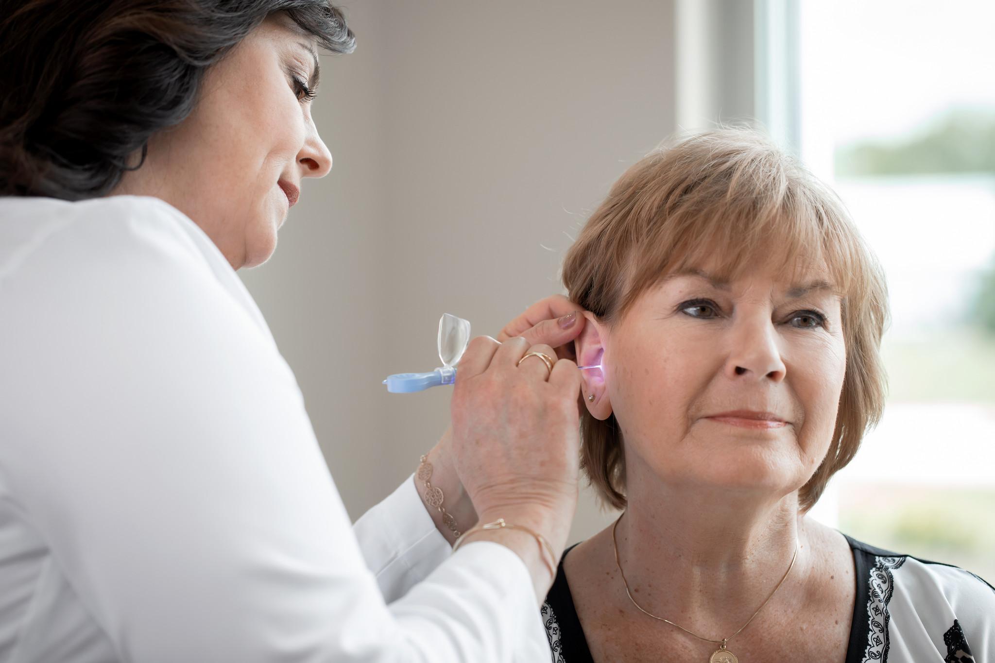 Bionix - verlichte oorcurettes - 50 stuks