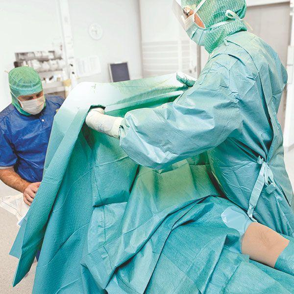 Klinidrape Molnlycke - surgical drapes - 200 x 280 cm - corner 14 x 14 cm, decentralized - 2 x 14 pieces
