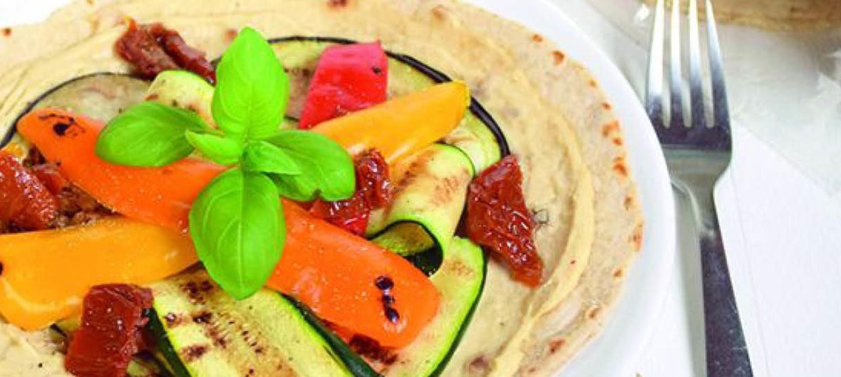 Piadina wraps met hummus