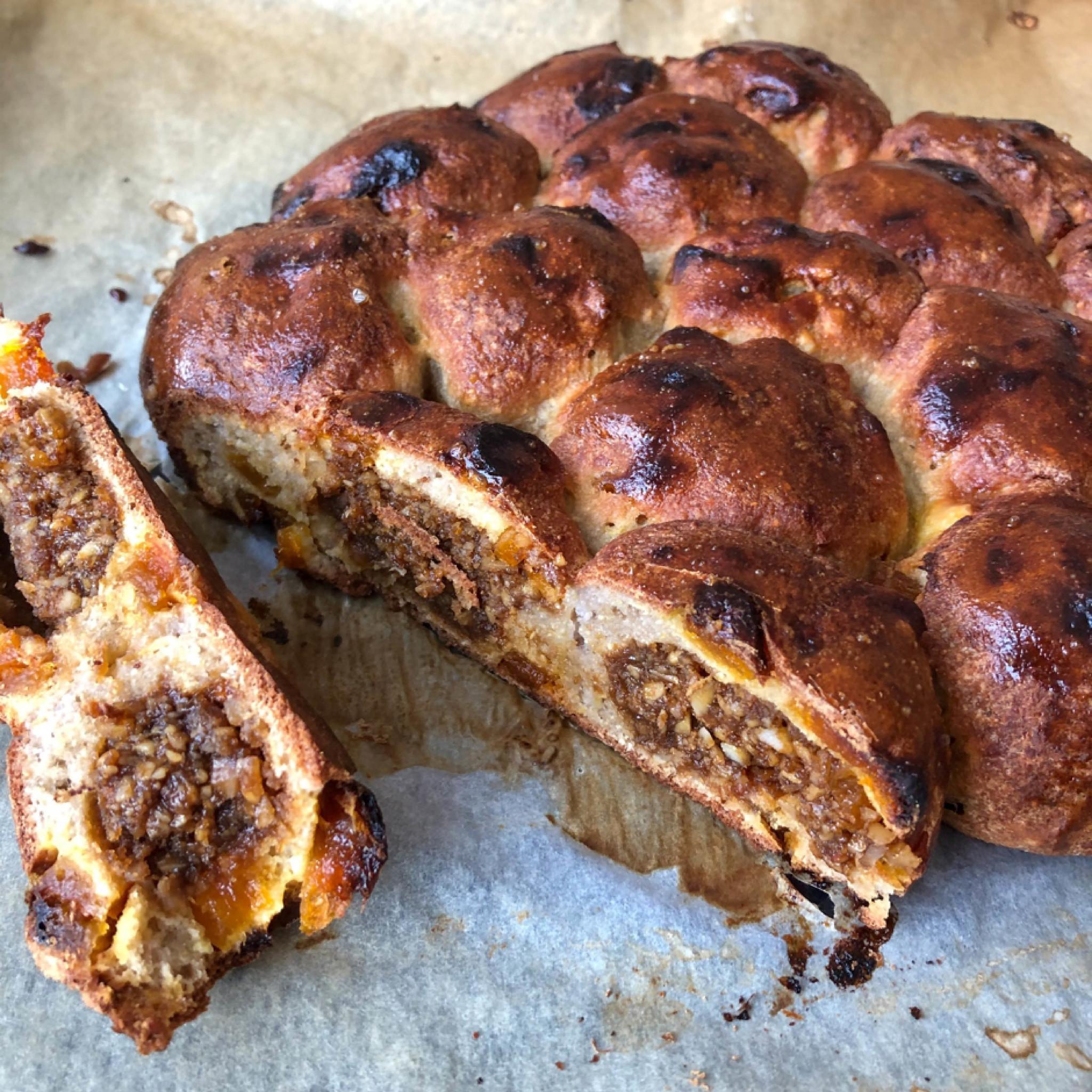 Breekbrood Amandelspijs Aangesneden Paleo Glutenvrij