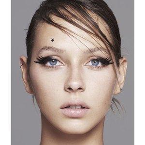 MILY No.34 Le Mix - beauty spots, mini eye flashes, eyeliners matte black